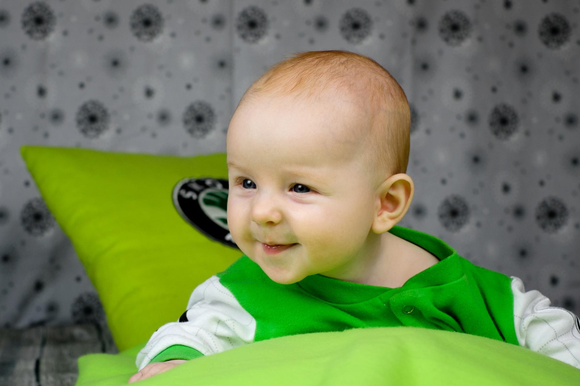Baby Newborn Kleinkind Neugeborenes Foto im Studio in Leipzig(8)