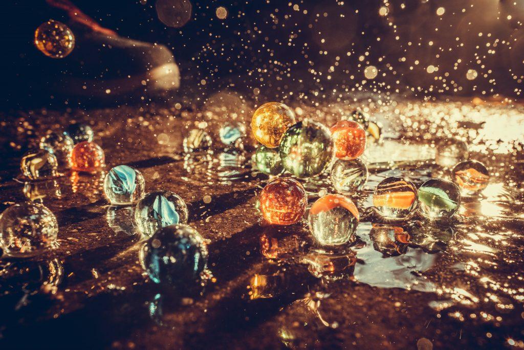 Murmeln, Wasser und ein entfesselter Blitz